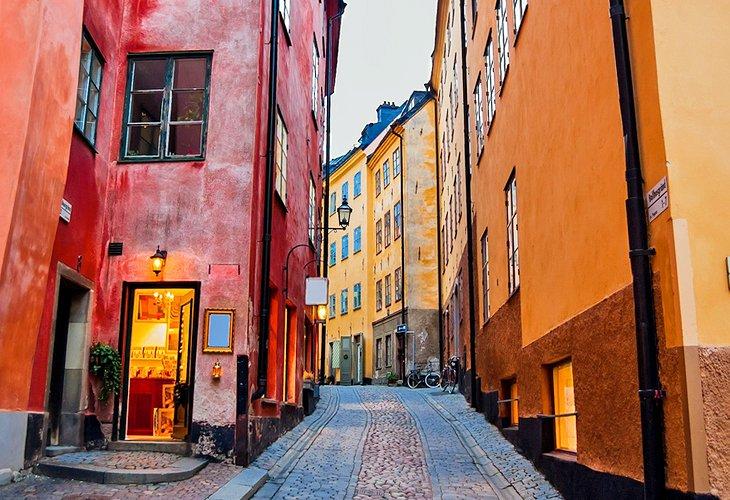 Парень узнал, как выглядят туалеты в Швеции. Если вы больше метра ростом, эта страна создана не для вас