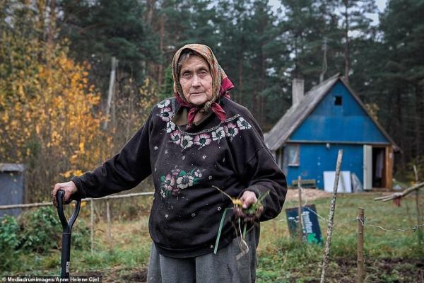 Фотограф показала последнее место в Европе, где царит матриархат. Отношение этих женщин к мужчинам удивляет
