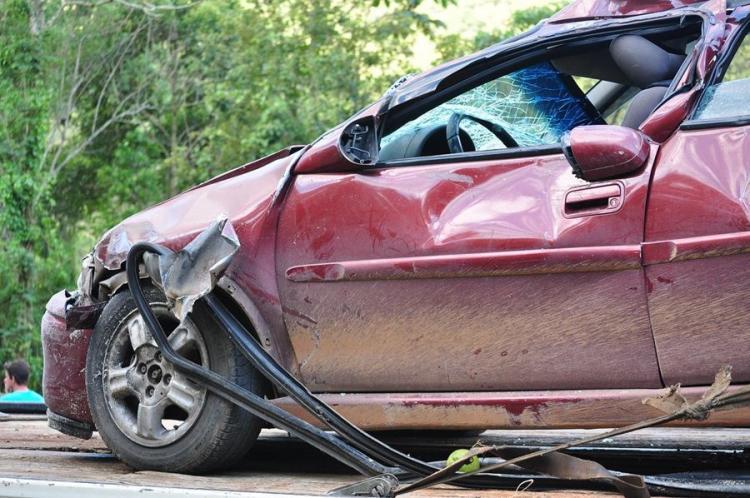 Девушка не захотела пересаживаться на водительское кресло и сломала жизнь подруге.