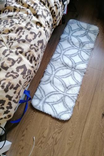 Девушка заказала коврик, но получила его миниатюрный вариант. Вот уж действительно — размер имеет значение