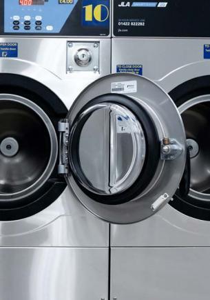 Мама показала, как мыть стиральную машину, и домохозяйки схватились за сердце. Даже склад грязи чище