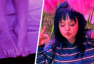 Девушка показала на видео, как ходит и бормочет во сне, и людям страшно. Особенно за малыша Йоду в её руках