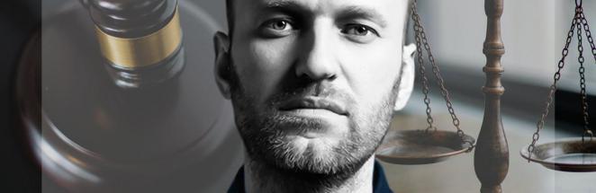 Люди увидели суд над Алексеем Навальным, и Кафка был бы в шоке. Мемы на пределе, но их не остановить