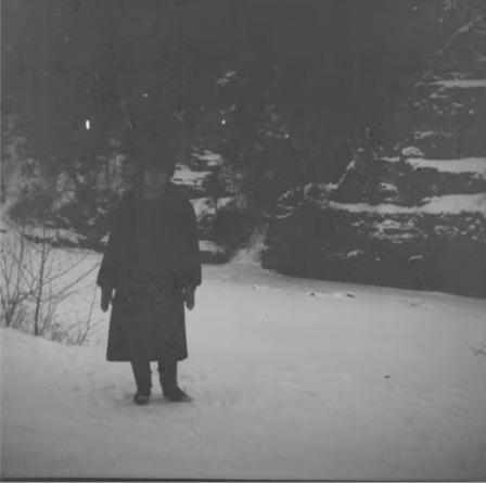 Фотограф проявил плёнку советских времён и расплакался. На одном из кадров он увидел себя до своего рождения