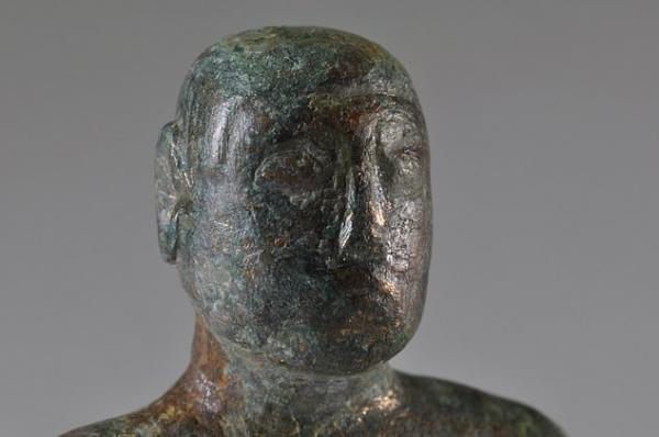 Археологи нашли статую возрастом 2000 лет и хотят развидеть причёску. Теперь понятно, кем вдохновился Цукерберг