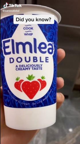 Девушка годами обожала сливки из супермаркета, но эпично поплатилась. Коровы бы не оценили содержимое стакана