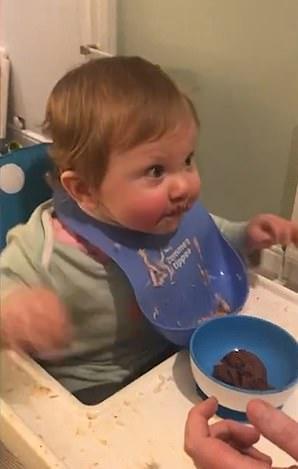 Что случится, если накормить малыша шоколадным муссом? Узнала мама, которая пробудила в дочурке Халка