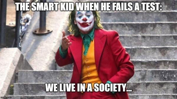 Джокер Зака Снайдера воплотил в жизнь любимый мем фанов. Думали порадовать зрителей, а они вдруг обиделись