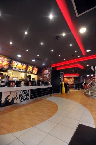 В Burger King обнаружили тайную комнату, и она только для настоящих королей. В России такую роскошь не найтит