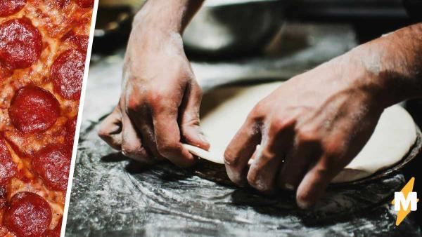 Повар показал, как выглядит тесто для пиццы изнутри. Аппетит покинул чат - в каждой лепёшке живёт мучной Веном