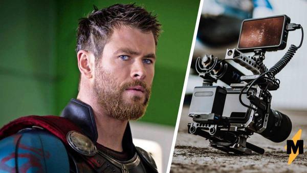 Фаны увидели фото со съёмок нового «Тора» и растаяли от мышц Криса Хемсворта. Кажется, актёр – норд из Skyrim
