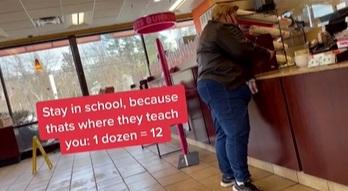 Покупательница заказала дюжину пончиков, но её ждало разочарование. После такого учителя алгебры покинули чат