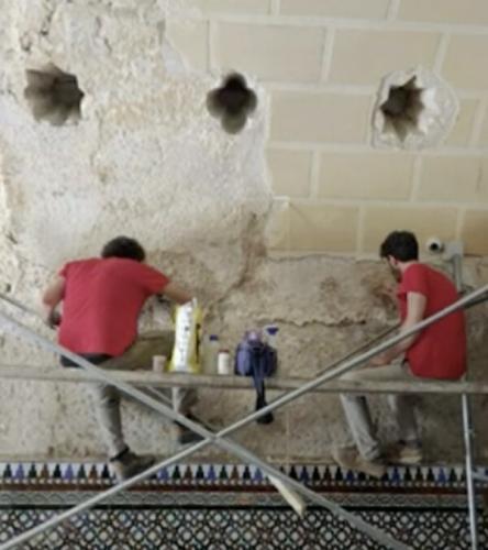Археологи решили пропустить по рюмочке в баре, но попали в баню XII века.