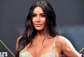 У Ким Кардашьян новый питомец, а у фанов — повод для хейта. Ведь они увидели фото и волнуются за животное