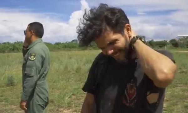 Пилот упавшего самолёта протянул в джунглях 36 дней. Его спасение пришло прямиком из русской пословицы
