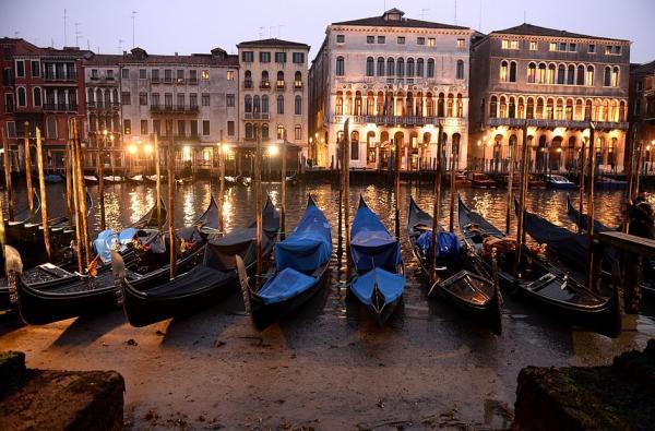 Как бы выглядела Венеция без воды? Фоткаться там вы бы не захотели