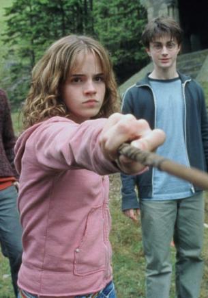 Поклонница пригляделась к «Гарри Поттеру», а там — «ненастоящие» герои. И этой магии Хогвартса есть объяснение