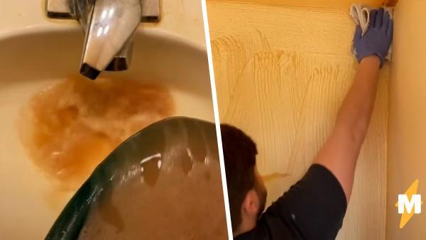 Друзья отмыли дом и выяснили, какого цвета стены и пол. Виновата не грязь, а пагубная привычка владельца