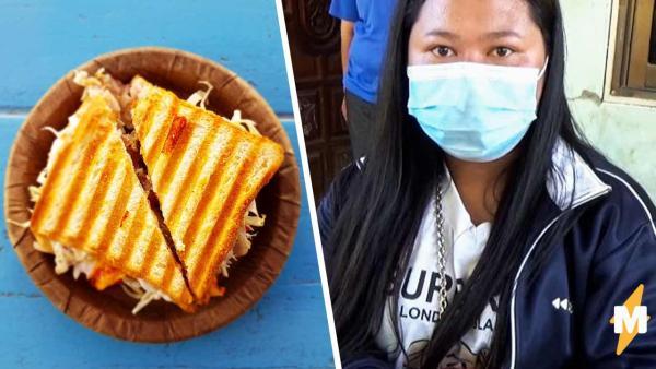 Бездомная обедала, когда почувствовала хруст во рту. Увидев, что она ест, женщина попрощалась с бедностью