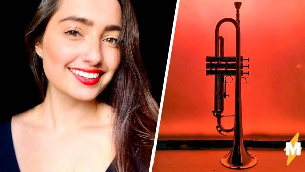 """Блогерша показала, как играет на трубе, и музыканты кричат """"Отмена!"""". Ещё бы, для этого ей не нужен инструмент"""