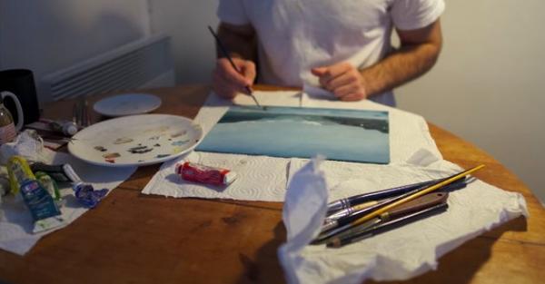 Художник попытался жить по распорядку Пабло Пикассо. Опыт провалился, но он понял, почему живописец - гений