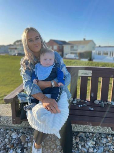 Мама думала, что беременна близнецами, но ошиблась в догадках. После родов ей сообщили: у неё родился богатырь