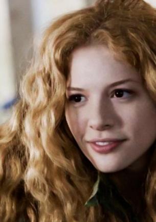"""Виктория из """"Сумерек"""" жива: фаны нашли её в тиктоке. Блогерша – копия вампирши, и живёт она в доме Калленов"""