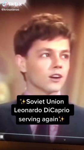 Блогерша запостила выступление советского певца и сломала иностранцев. Ведь они видят в нём Леонардо Ди Каприо