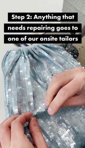 Работница Asos показала, что происходит с возвращённой одеждой. Ничего не пропадет даром,