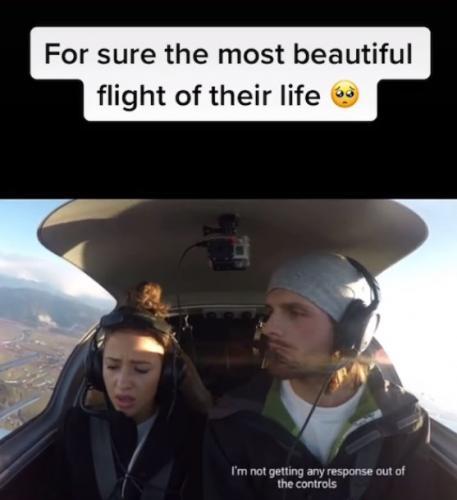 Пара в вертолёте потеряла связь с диспетчером, но паниковать рано. Парень разыграл любимую и осчастливил её