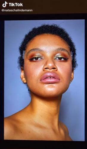 Фотограф показала, как выглядят модели без фотошопа. И девушки поняли, что они могут тоже появиться на обложке