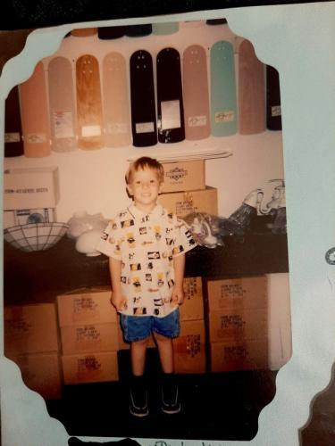 Мама спросила у сына, куда он хочет: в зоопарк или магазин вентиляторов. Ответ порвал шаблон - и не один