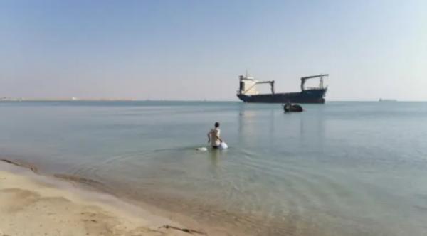 Моряк прожил четыре года на грузовом корабле в полном одиночестве. История его жизни - сценарий для фильма