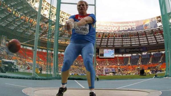 Бодибилдер из Америки выполнил тренировку русского спортсмена и сломался. Он знает - в России живут супергерои
