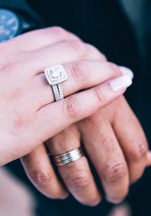 Жених и невеста позвонили юристу и узнали, что они уже женаты друг на друге. Пару подвела не память, а закон