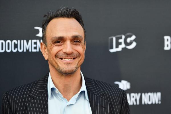 """Он вам не Апу. Актёр озвучки из """"Симпсонов"""" извинился за роль, и фаны выписывают его из кумиров"""