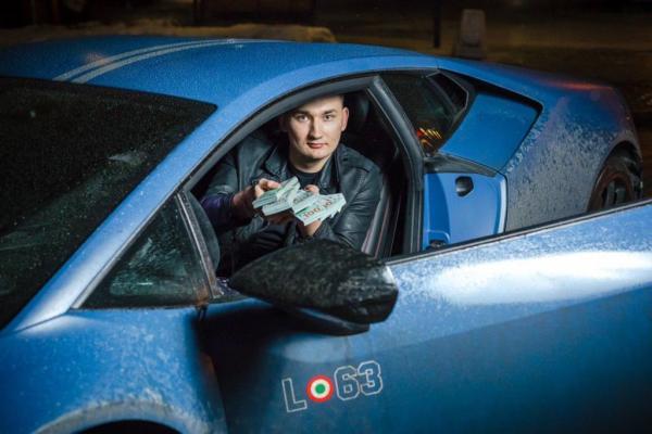 В Москве случилась серьёзная авария с машиной Эдварда Била. И блогера уже хотят видеть за решёткой
