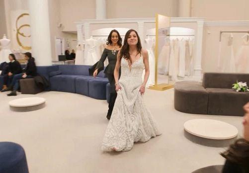 Маме очень нравилось дорогое платье своей дочери-невесты. Пока она не увидела, во что та его превратила