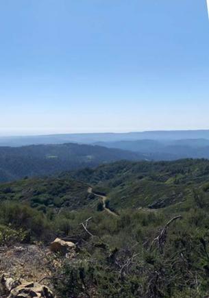 Учёным хватило взгляда на холмы с фото, чтобы предсказать конец света. Попробуйте угадать, что с ними не так