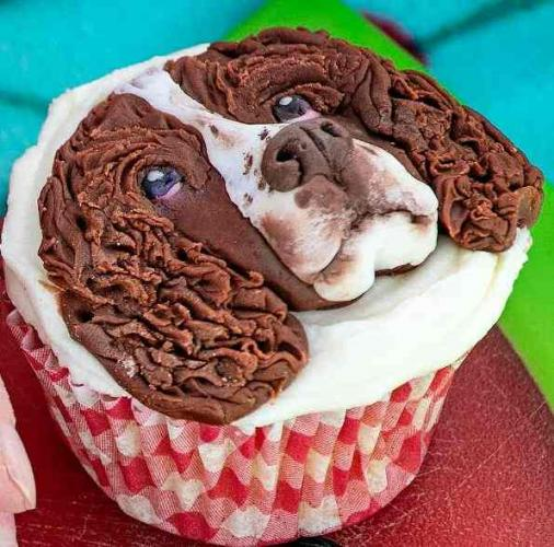Кондитер использует животных ради кексов, но людям это нравится. Глядя на десерт, вы сами захотите это съесть
