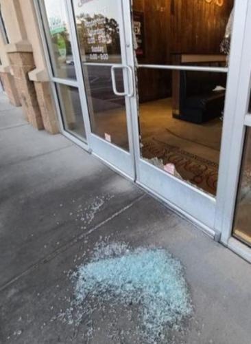 Бизнесмен увидел по видеонаблюдению вора, но полицию не вызвал.