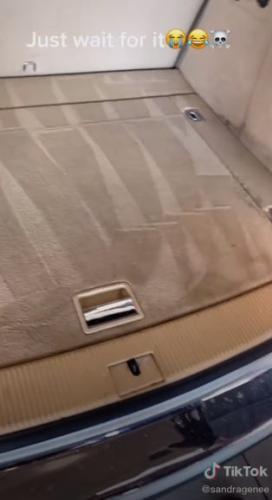 Девушка помыла машину, а теперь не хочет в неё садится. Один взгляд в багажник - и станет понятно почему