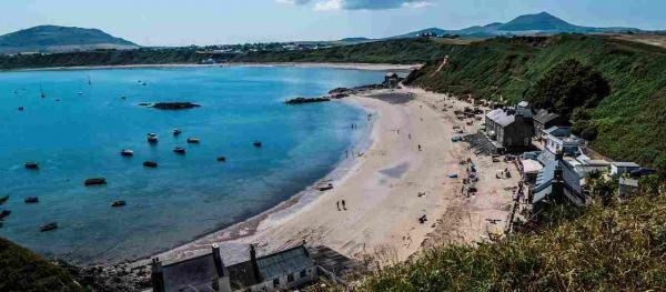 """Застройщику запретили строить коттеджи у моря из-за местных. Стоило им только сказать """"Llanfairpwllgwyngyll"""""""