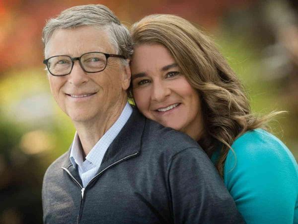 Люди злятся на Билла Гейтса и уже готовы его отменять. Они узнали с кем встречался бизнесмен в тайне от жены