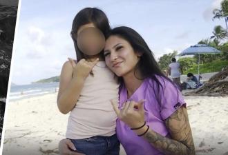 Мама отправила дочь поплавать в море и пожалела. Увидев, кто присоединился к ребёнку, она не могла сделать шаг