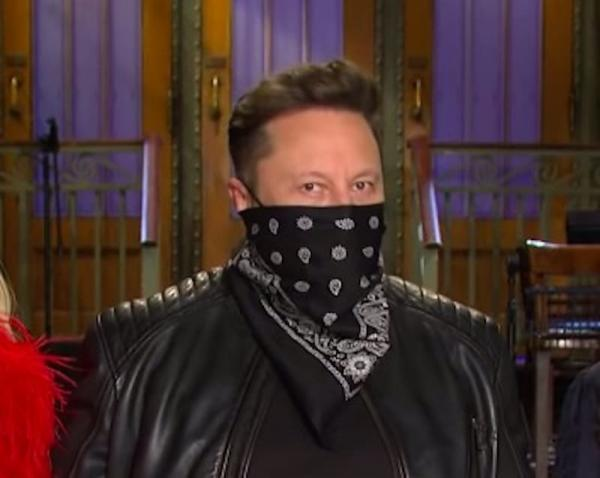 """""""В бандане буду выглядеть круто"""", - решил Илон Маск и ошибся. К луку папиного бродяги есть претензии (много)"""