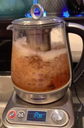Американка сделала чай - и здравый смысл вышел из чата. Не по себе даже россиянам - им до такого ещё далеко