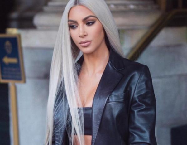 Ким Кардашьян с новым цветом волос - не икона, а мем. Люди увидели в модели мужчину, и это не худшее сравнение