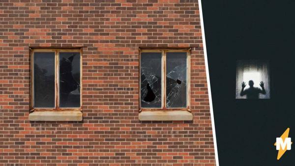 Друзья увидели заброшенное здание, но зря туда полезли. О том, от кого его охраняют, они узнали слишком поздно