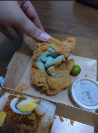 Мама заказала сыну курицу в фастфуде, и прощай, аппетит. Ведь блюдо не съесть, но вытереть им руки — запросто